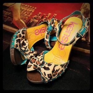 💖💖  Kensie Girl leopard peeptoe 8 1/2 sandal
